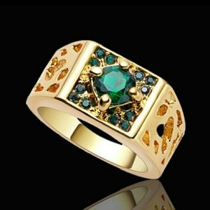 10K yellow Gold filled Green emerald ring